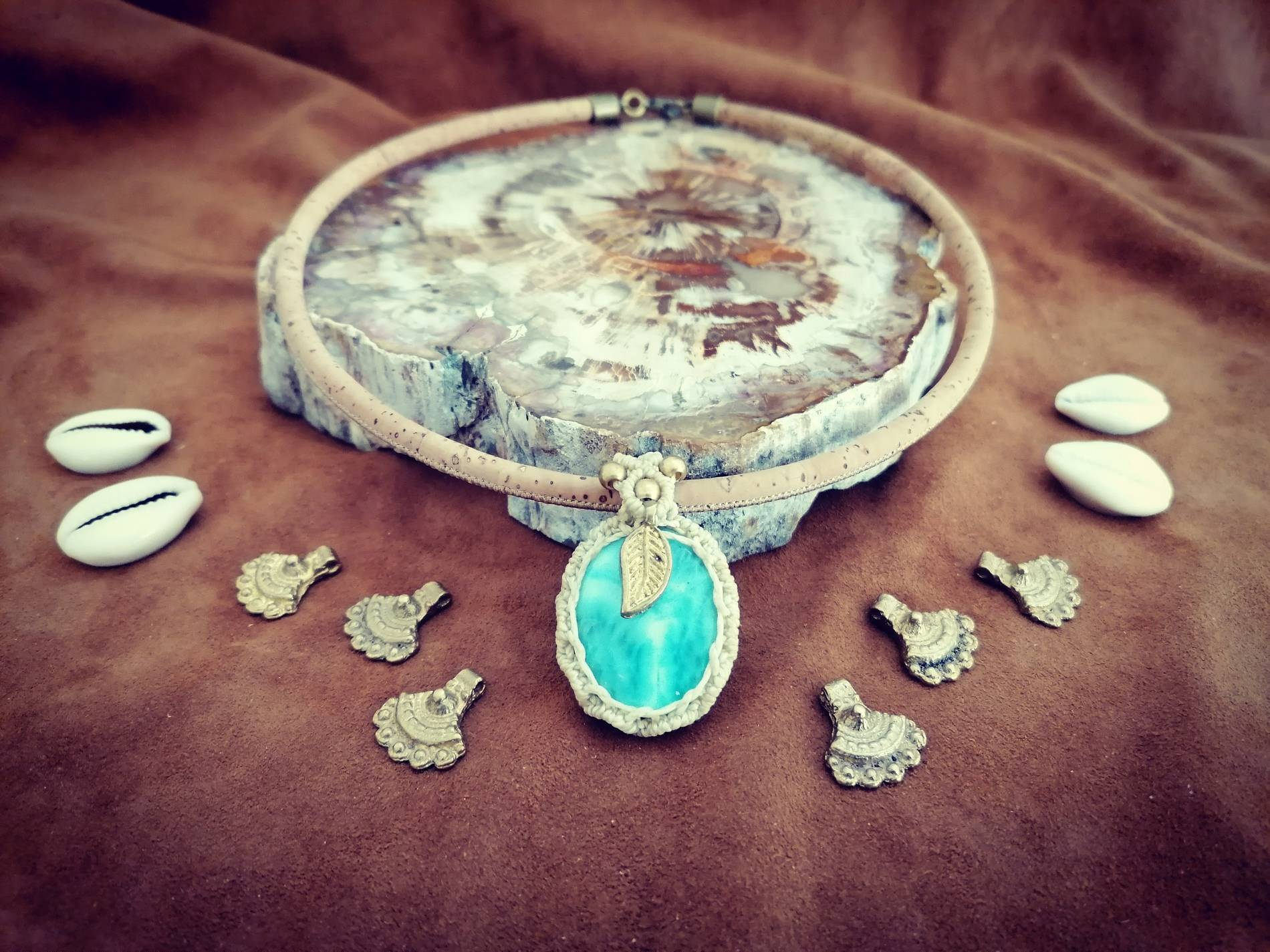 macrame necklace larimar